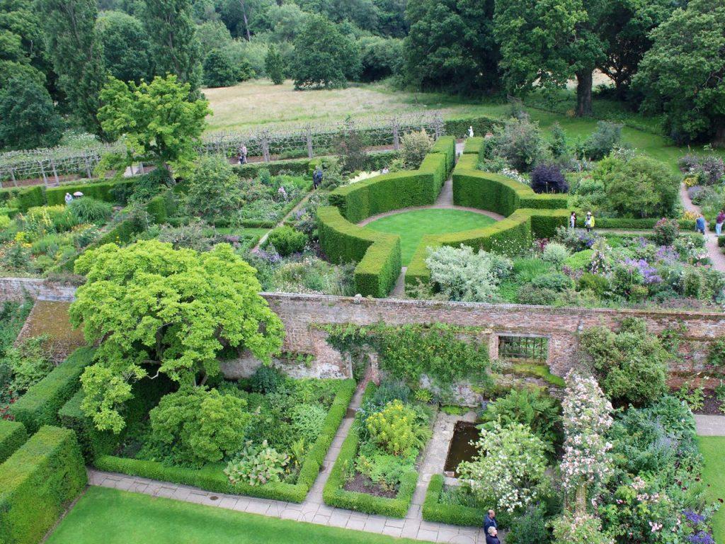 Sissinghurst Garden 10