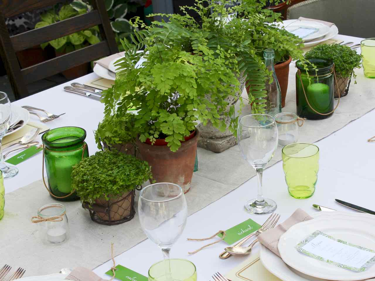 Botanical Table Theme