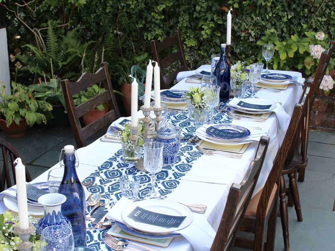 Summer Blues Table Theme